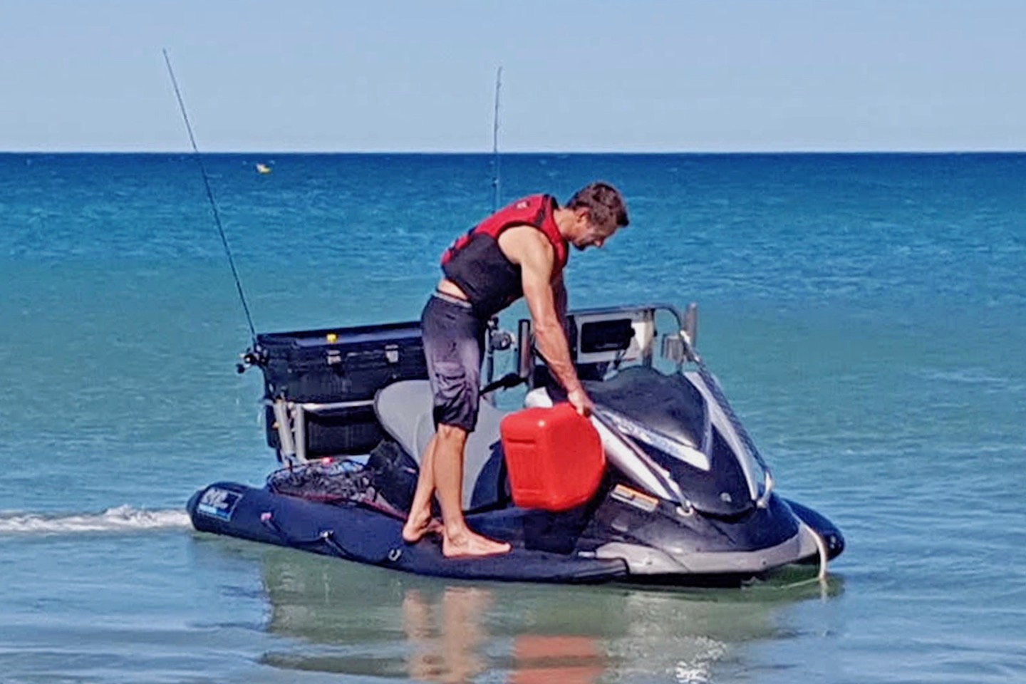 PWC inflatable stabilizer sponson enables standing
